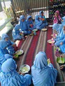 Makan Bersama 5