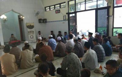 Burka Masjid Almuhsinin Gresik 2