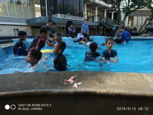 Latihan Berenang 1
